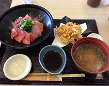 バンノウ水産三色丼・かき揚げセット